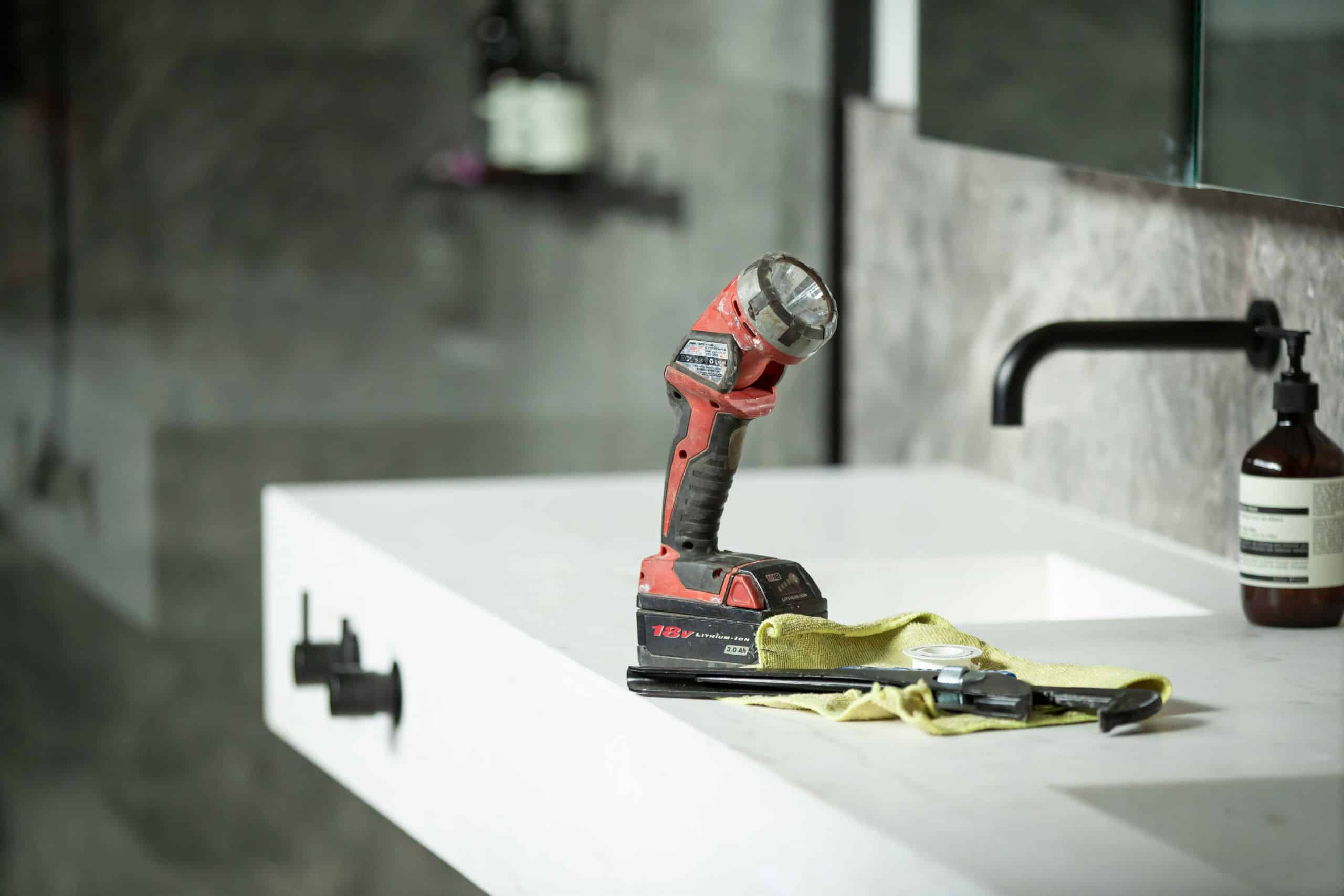 PLUMBING: OUTSTANDING CUSTOMER SERVICE AND RESPONSE TIMES